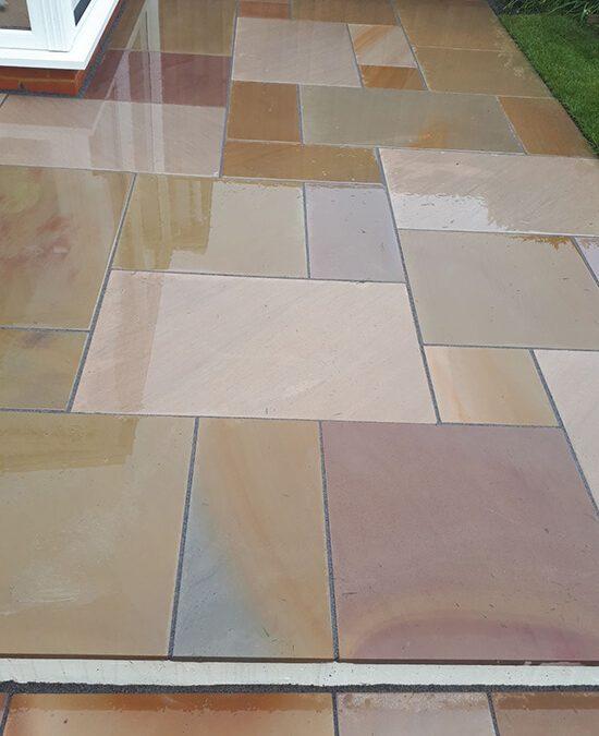 Sawn sandstone paving, Winterbourne